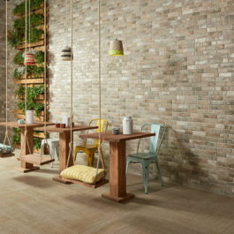 faïence wall brick